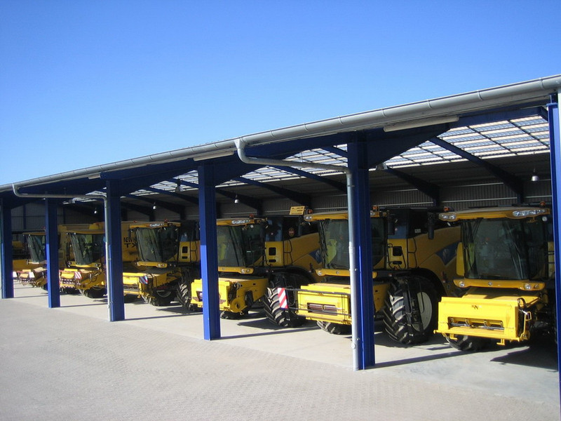 A large selection of the most up-to-date harvesters and numerous rental returns in stock: <a href=